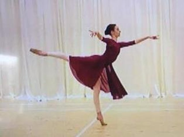 Emily loves to dance.