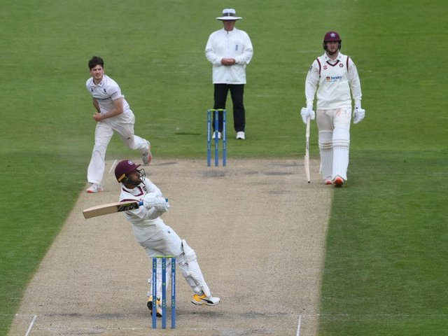 Saif Zaib hits out on his way to 64 for Northants against Sussex