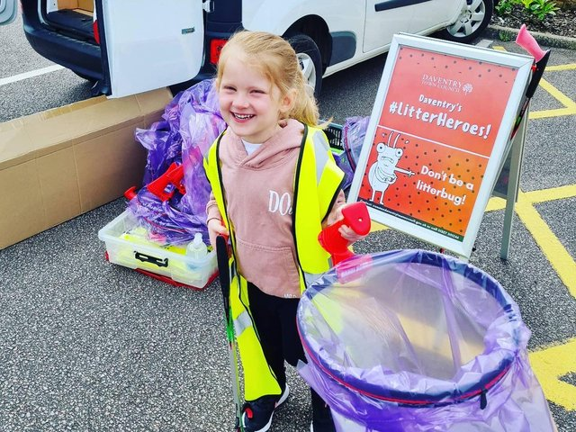 Cleaning up the streets of Daventry.