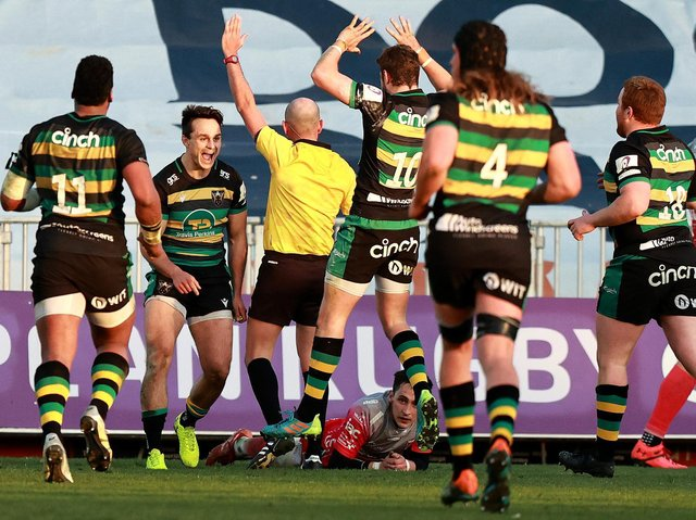 Tom Collins scored a superb late try to snatch a stunning win for Saints at the Dragons in early April